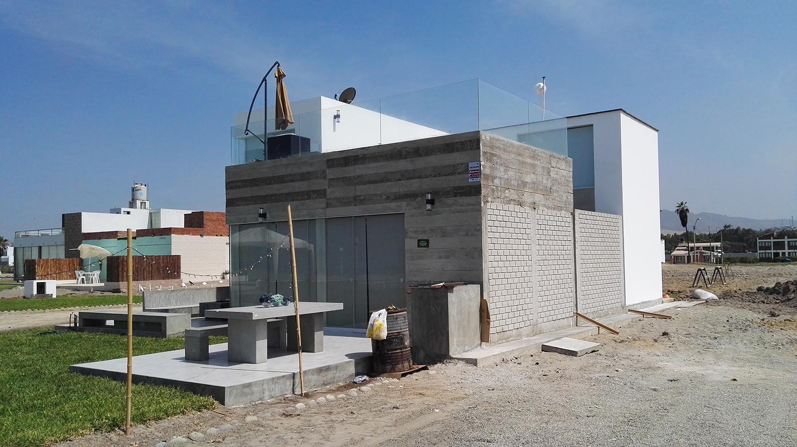 Dise o y construcci n casa de playa solimar for Diseno de construccion de casas