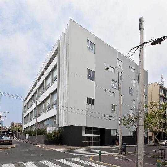 Dise o de edificio multifamiliar villaberl n for Diseno de edificios
