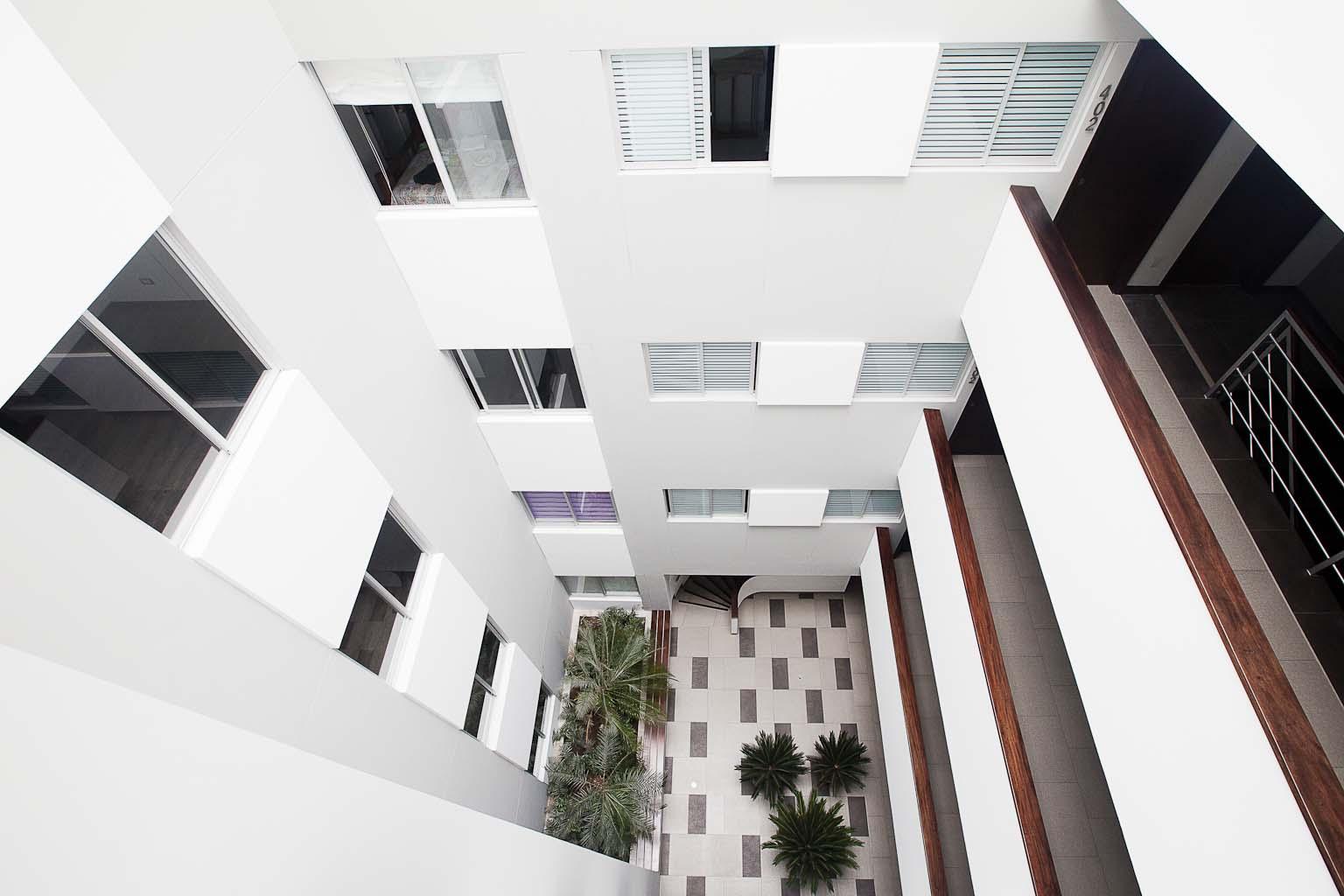 edificio multifamiliar Orrantia 1039